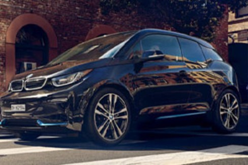 concours d placement conduite de la bmw i3s. Black Bedroom Furniture Sets. Home Design Ideas